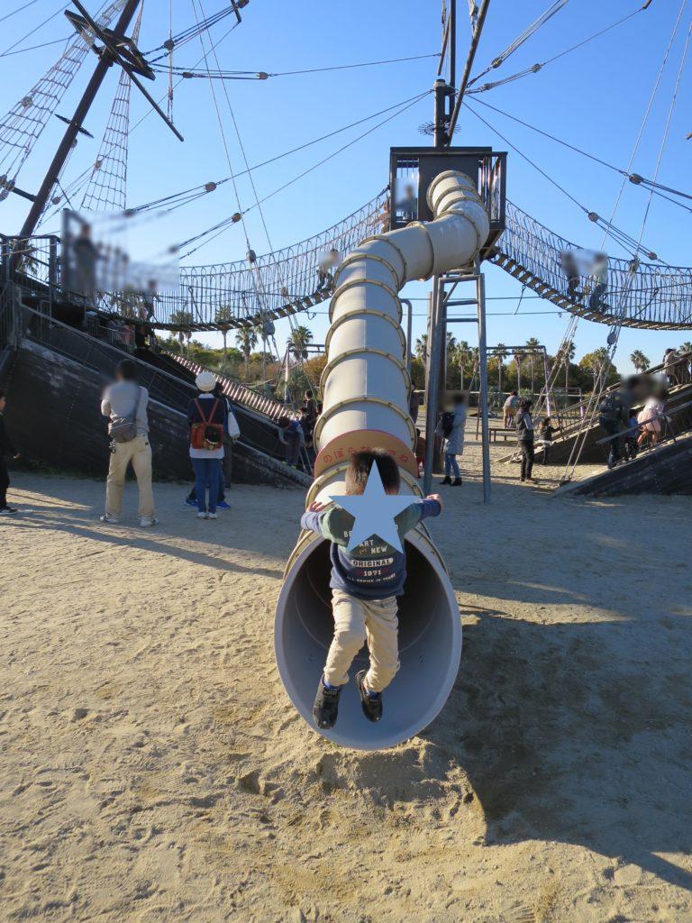 赤穂海浜公園のわんぱく広場の難破船