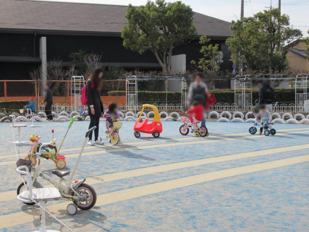 稲野公園運動施設の小さい子の乗り物